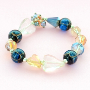 Crystal Heart & Beads Stretch Bracelet