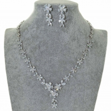 Cubic Zirconia Flower Necklace Set