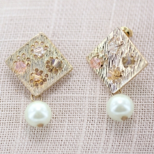Fashion Crystal& Pearl Earring