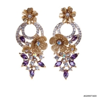 Luxurious Cubiczirconia Flower Drop Earrings